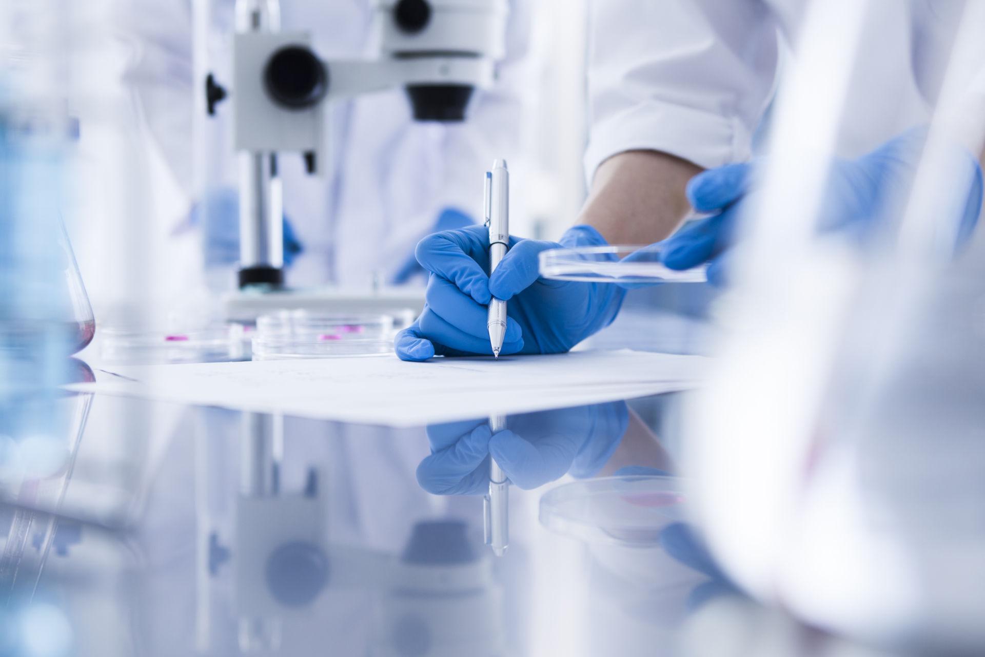 University of Nottingham: Research Associate/Fellow (Bacteria-polymer interfacial analysis)
